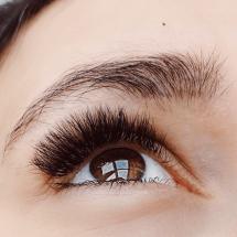 Wimpernverlaengerung-1-Auge-01-min
